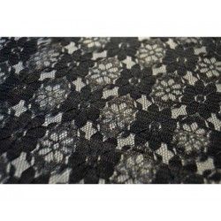 Nappe rectangle dentelle noire
